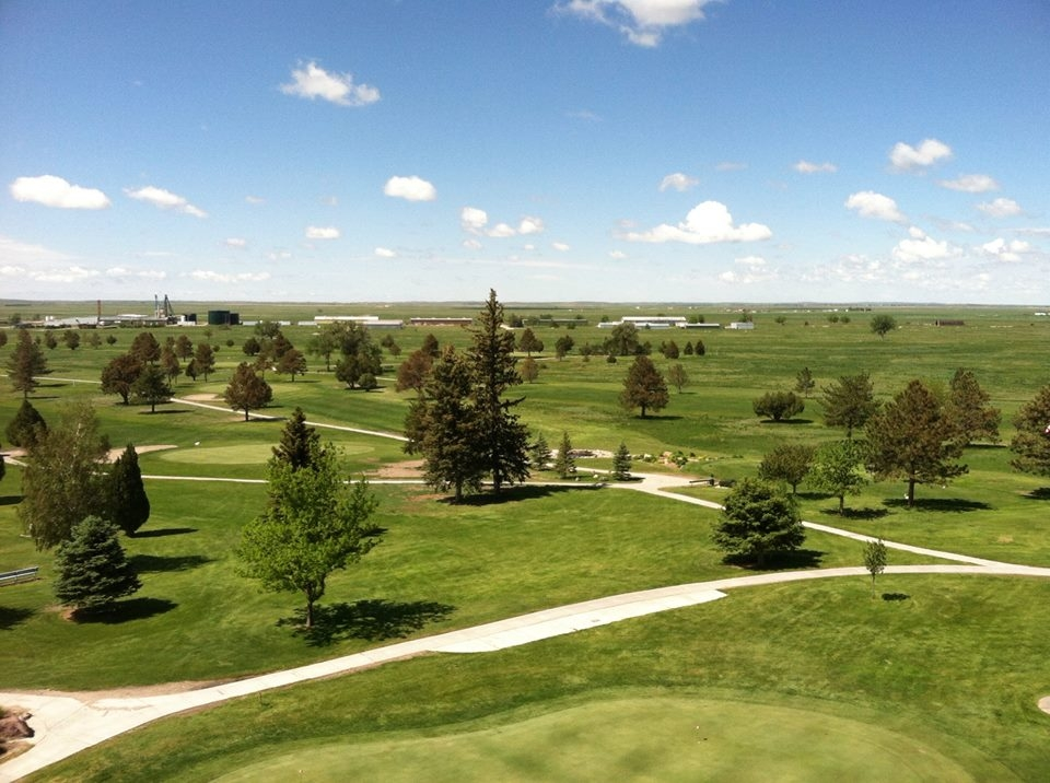 Skyview Golf Course (18 Holes)